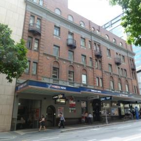 Ostelli e Alberghi - Base Brisbane Embassy