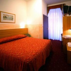 Ostelli e Alberghi - Hotel Assarotti