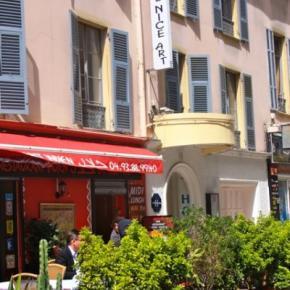 Ostelli e Alberghi - Nice Art Hotel