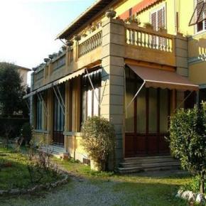 Ostelli e Alberghi - BnB Antica Piazza dei Miracoli