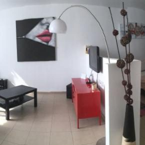Ostelli e Alberghi - Beautiful Stylish LFT in Young Vibrant TLV Centre