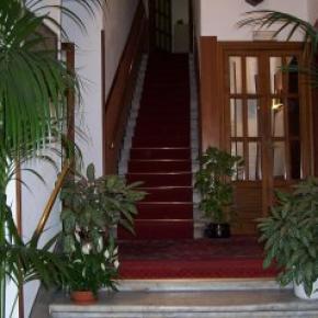 Ostelli e Alberghi - Hotel Agnello D'Oro