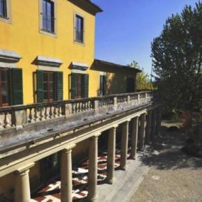 Ostelli e Alberghi - YHA Ostello di FIRENZE Villa Camerata