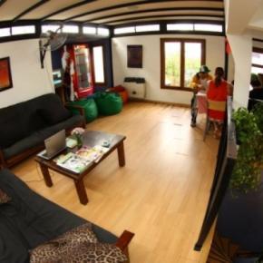 Ostelli e Alberghi - Garden House BA