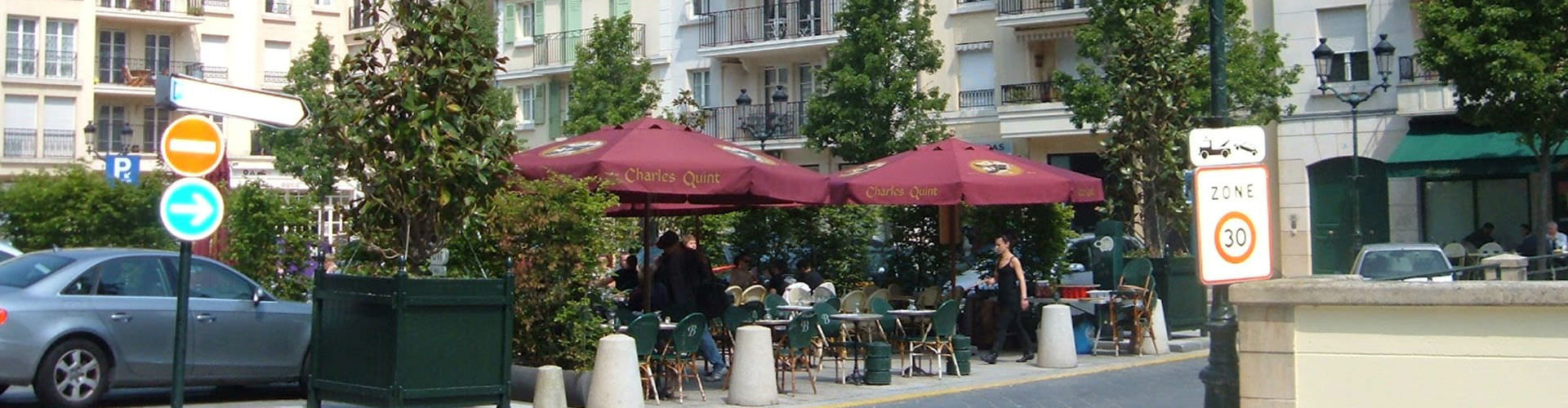Nizza – Ostelli nella Cuore della città zona. Mappe per Nizza, Foto e Recensioni per ogni ostello a Nizza.