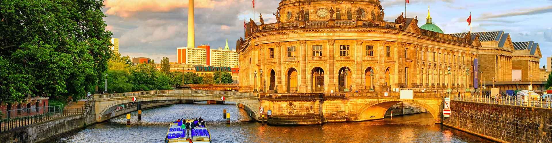 Berlino – Ostelli vicini a Aeroporto di Berlino Tegel. Mappe per Berlino, Foto e  Recensioni per ogni Ostello a Berlino.